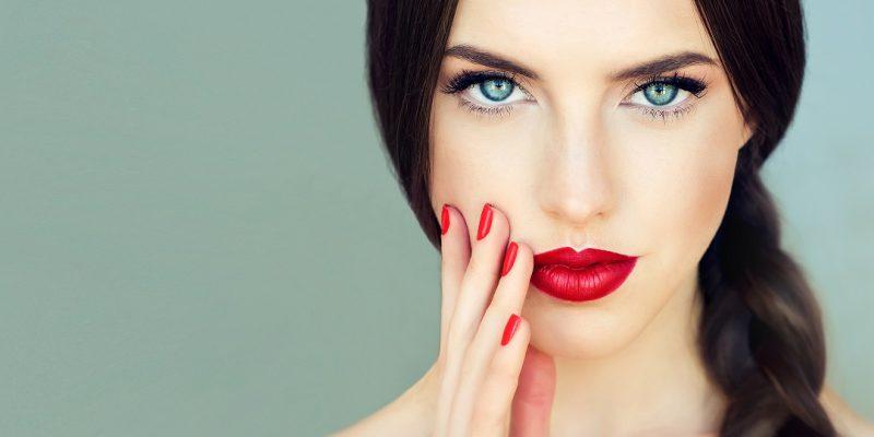 Quel maquillage est pour les yeux bleus ?