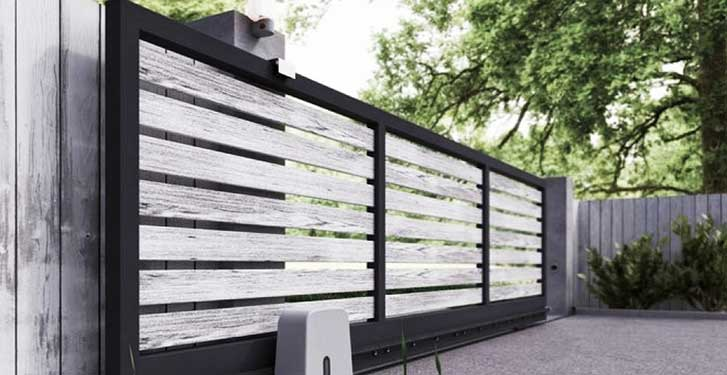 portail motorisé bois métal