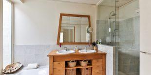 Pourquoi pas le bois pour votre salle de bain ?
