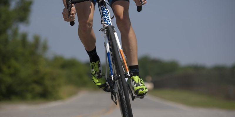 Comment bien choisir mon équipement de cycliste?