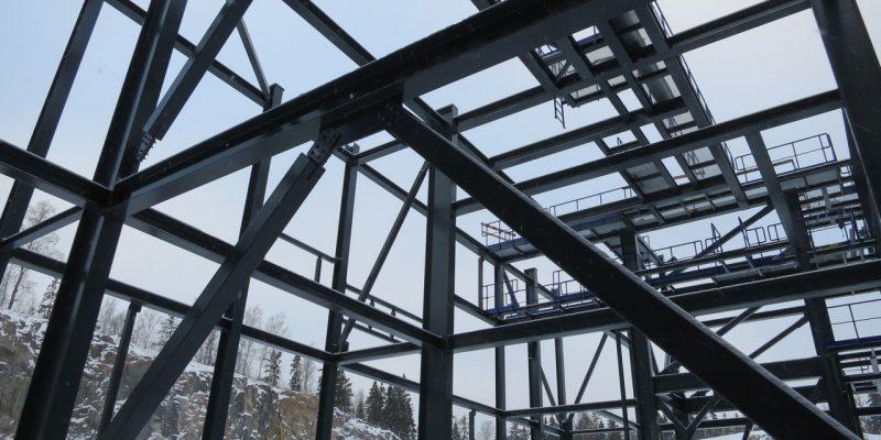 Construction métallique : quels avantages et quels défauts?