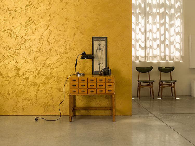peinture acrylique sur mur déco